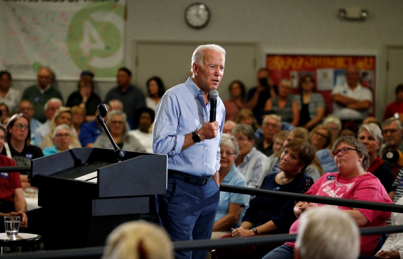 Obama plays starring role in Biden's presidential campaign