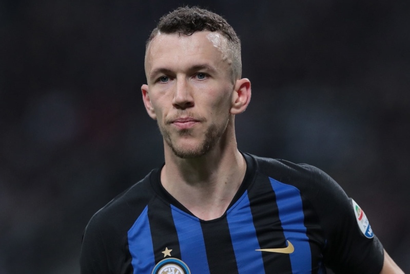 Leicester make offer for Inter Milan's Perisic