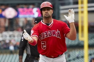 Pujols' home run puts him in exclusive company