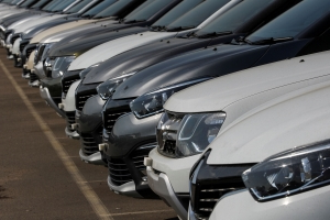 Germany Helps Europe Car Market Gain First Time in 9 Months