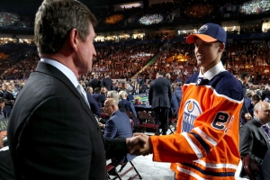 Oilers draft Philip Broberg with 8th overall pick