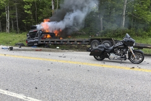 Us 7 Dead In Crash Between Truck Motorcycles In New Hampshire