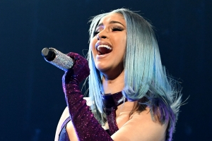 I'm in Love With Cardi B's Gorgeous Two-Toned Blue and Purple Hair