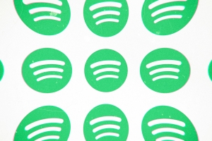 Technology: Apple cites irrelevant Spotify subscription