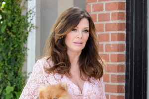 Lisa Vanderpump Breaks Silence After Mom's Death: 'Life Is So Fragile'