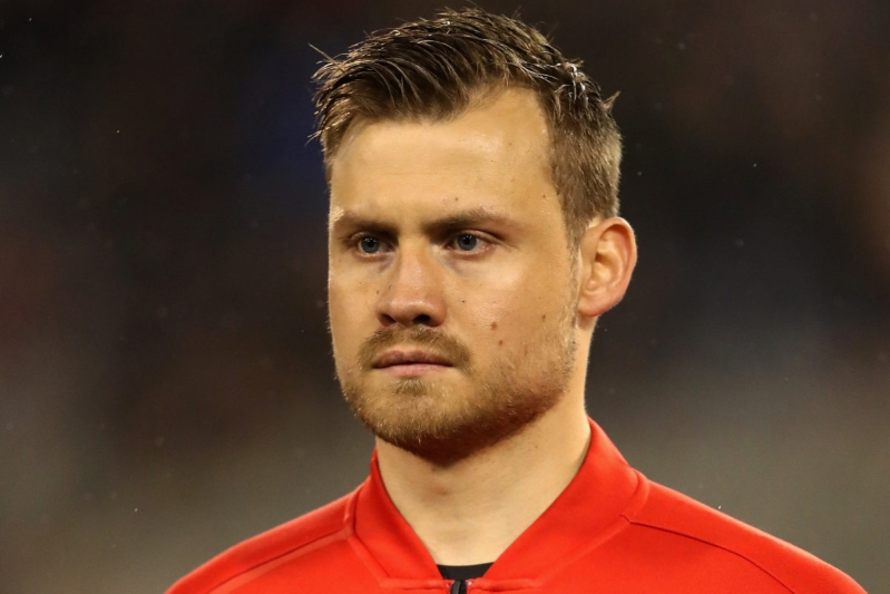 Palace looking to sign Liverpool's Simon Mignolet