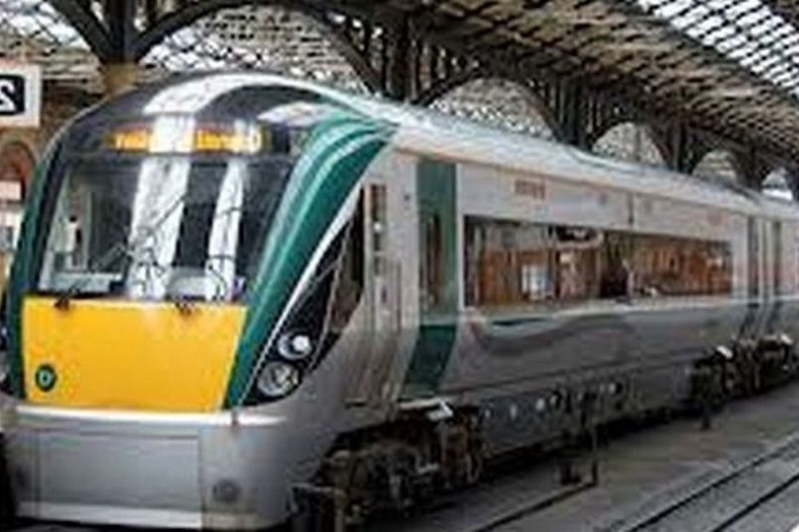 Elderly lady left bleeding after slipping between train and platform on journey from Dublin Heuston as Irish Rail criticised by passenger