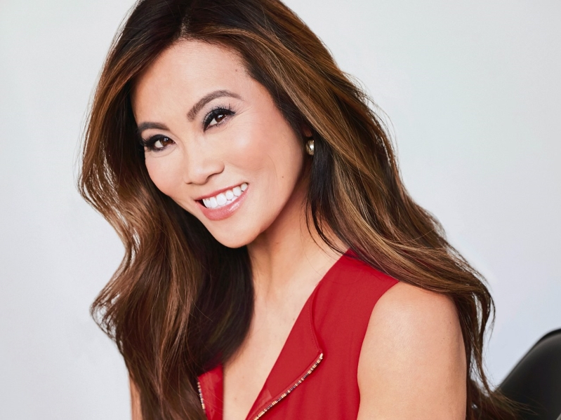 Health & Fit: We Talked to Dr  Pimple Popper About the Joy
