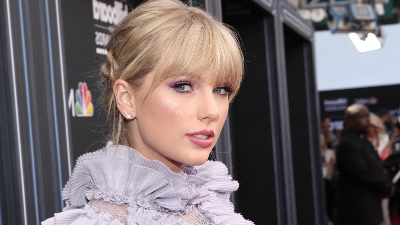 Celebs Support Taylor Swift After Scooter Braun Bombshell -- Here's Who's Standing With Her