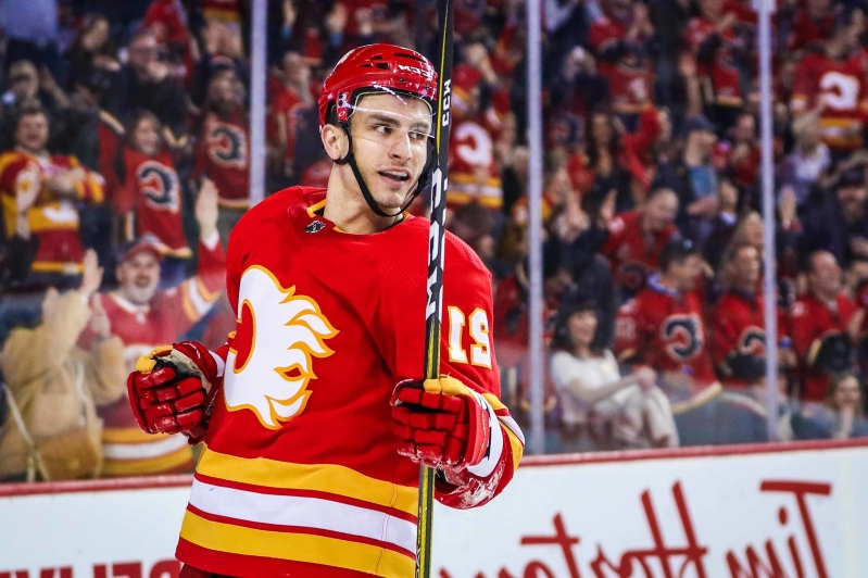 best cheap a28b5 66f49 Sports: Garnet Hathaway set to leave Flames after career ...