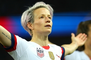 Megan Rapinoe out with reported hamstring injury in USWNT's match vs. England