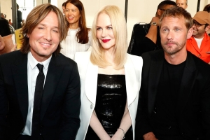 Nicole Kidman Sits Between Husband Keith Urban & TV Husband Alexander Skarsgård at Fashion Show