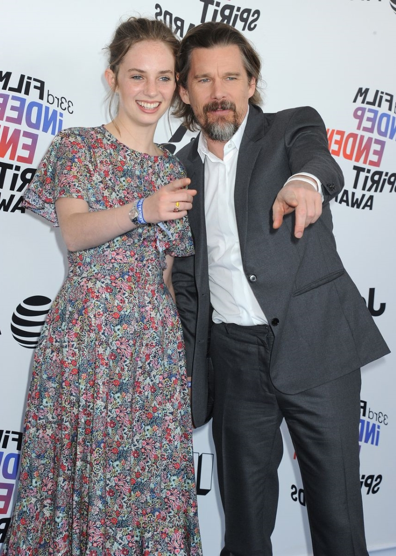 Maya Hawke, aka Robin From 'Stranger Things,' Has Super Famous Parents