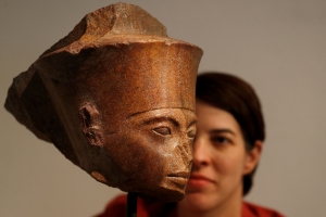 Tutankhamen head set for London auction despite Egyptian protests