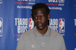 7-foot-2 Bol Bol had to fly coach to Summer League