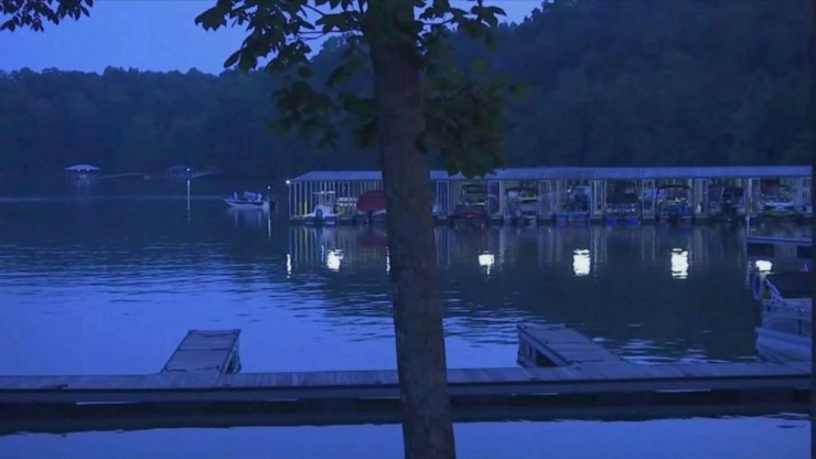 US: 3 missing from boat crashes on 2 separate lakes