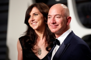 Amazon founder Bezos' divorce final with $38 billion settlement - report