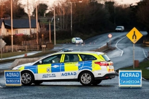 Girl, 7, tragically dies after car 'rolls over her' in Drogheda Co Louth