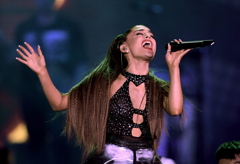 Fans Are Accusing 'Vogue' and Ariana Grande of Darkening Her Skin Color