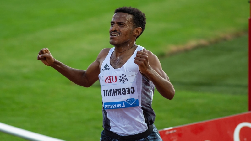 LOOK: Ethiopian distance runner celebrates too early, places 10th after believing he crossed finish line