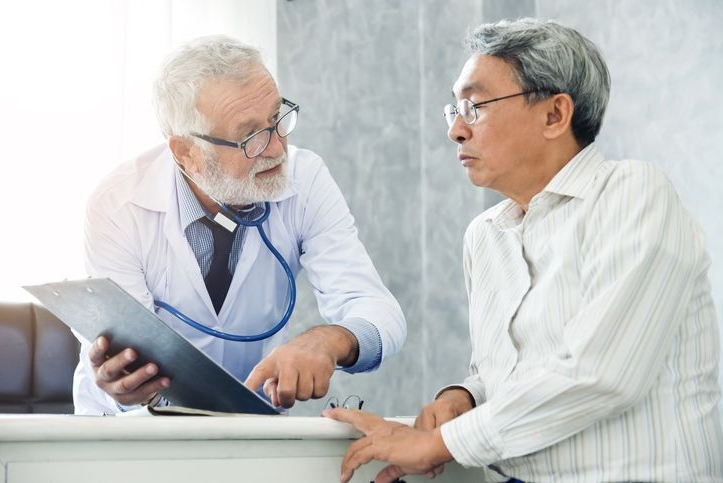 Nearly half of older people worry about dementia. Few talk to a doctor