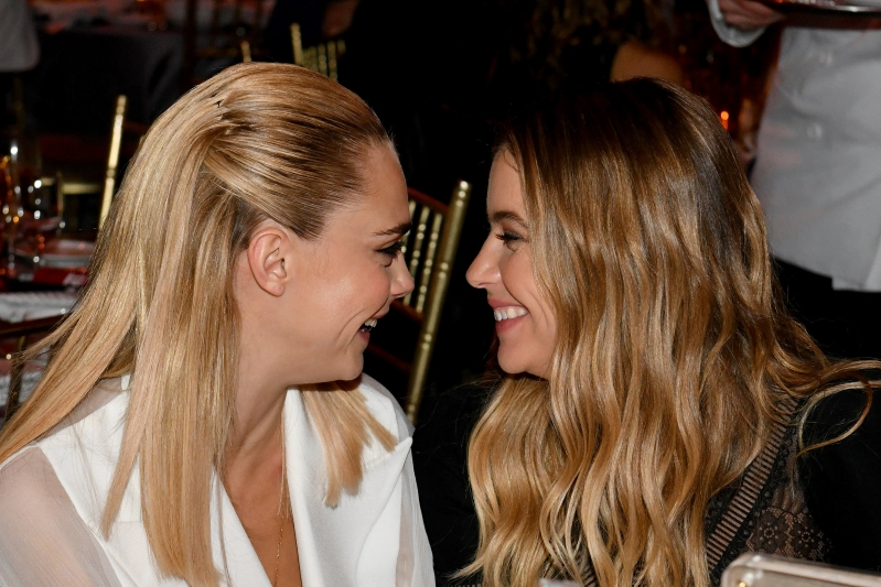 Entertainment Twitter Thinks Cara Delevingne Ashley Benson Just