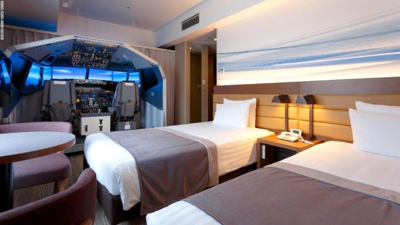 Japanese airport hotel puts flight simulator in room