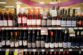 Imported wine, cider now allowed on B.C. grocery shelves