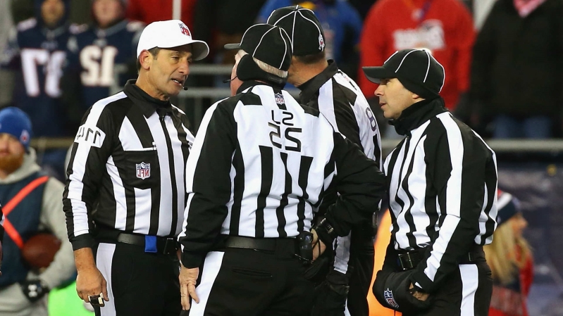 NFL suspends plan to make game officials full-time employees, report says