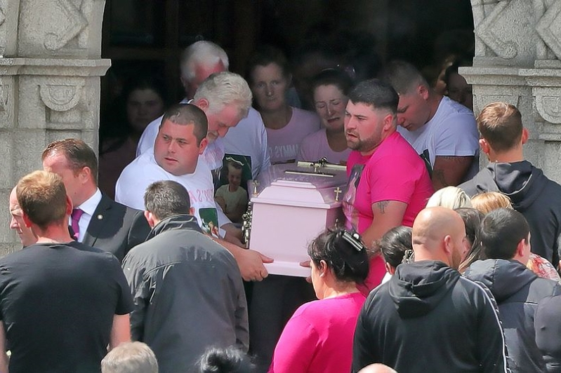 Tragic Chantelle Keenan, 7, killed in driveway accident in Drogheda laid to rest in Finglas, Co Dublin