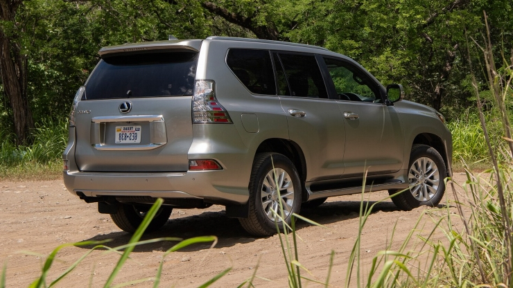 Reviews: 2020 Lexus GX 460 Review: Big Grille, Small Updates