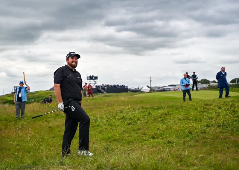 British Open 2019 live blog: Lowry, Holmes share Portrush lead as Tiger misses cut