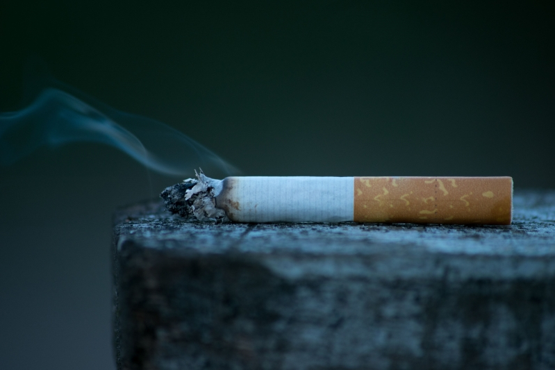 Health & Fit: Smokers have more complications after skin