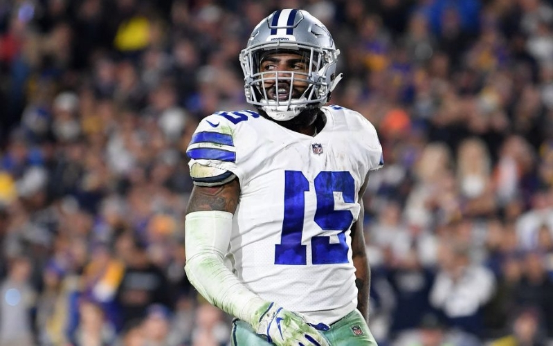 As clock ticks for Cowboys and Ezekiel Elliott, Zeke plans to travel out of the country