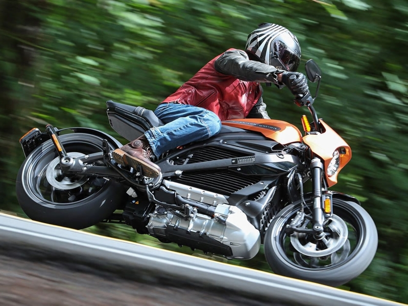 Motorcycles: 2020 Harley-Davidson LiveWire First Ride - PressFrom - US
