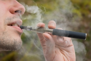 When used every day, e-cigarettes could help smokers quit tobacco cigarettes