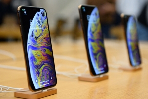 Apple will launch 3 new iPhones with 5G compatibility in 2020, according to a reliable Apple-watcher