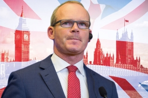 Simon Coveney slams 'inaccurate, divisive' Brexit coverage after scathing article by British columnist