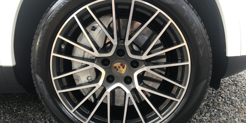 Reviews How Porsche Built The Game Changing Brakes On The 2019