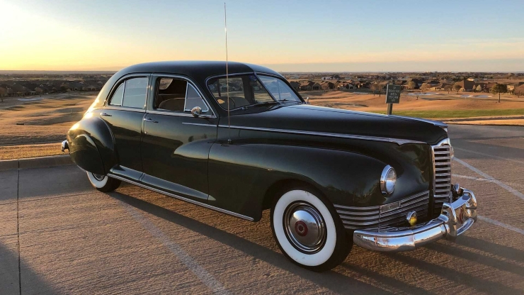 Restored 1947 Packard Custom Super Clipper Defines Elegance