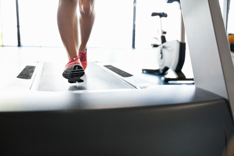 6 Reasons to Run On the Treadmill Instead of Outside