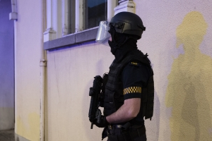 Gucci Gang raids: Garda chopper and armed units sent to north Dublin areas in gangland crackdown