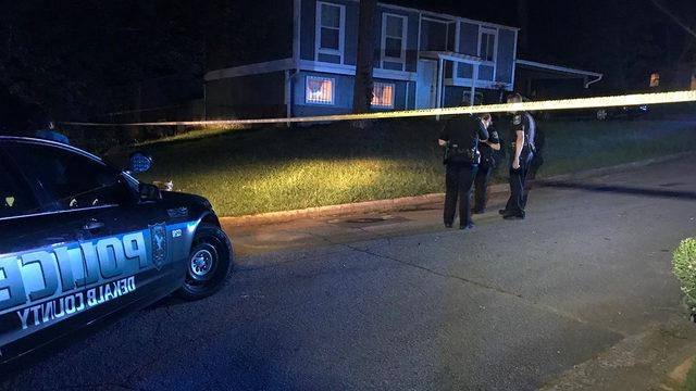 Crime: Police: 3 shot, killed in DeKalb County before suspect shoots