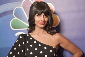 Jameela Jamil Calls on Celebrities to Stop Airbrushing Photos