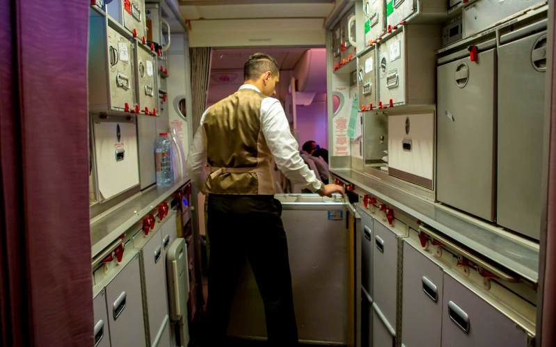 Travel: An Inside Look at a Day in the Life of an Emirates