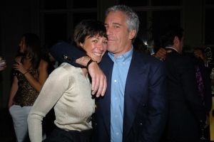 Who Is Ghislaine Maxwell, The British Woman Accused Of Helping Jeffrey Epstein Groom Girls?