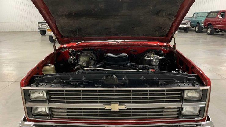1983 Chevrolet C10 Square-Body Is A Southern Belle