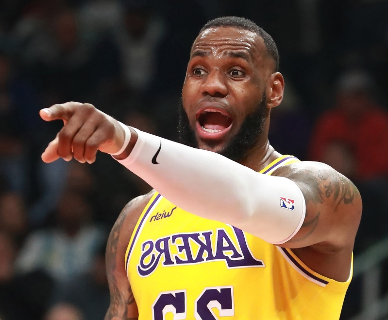 Arash Markazi: Does LeBron James fit among Lakers greats? Many fans think he needs to win a title
