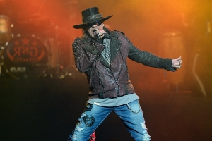 Guns N' Roses Settles Lawsuit With Brewery Over Guns N' Rosé Beer