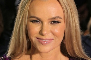 Entertainment: Amanda Holden 'becomes the highest-earning